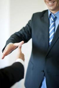 Как взыскать долг со страховой компанией